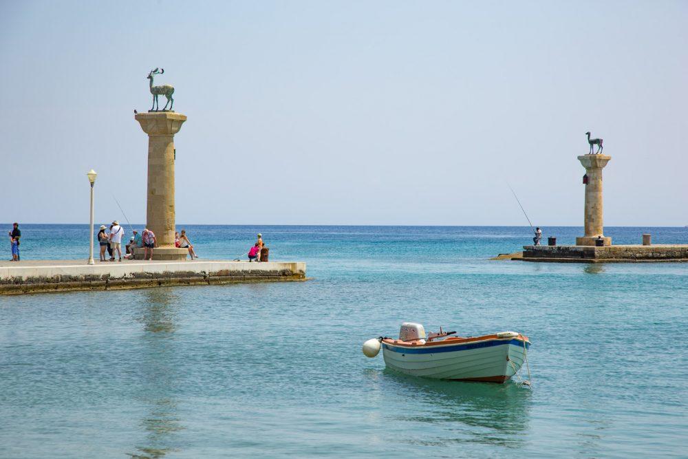 Mandráki haven in Rhodos stad