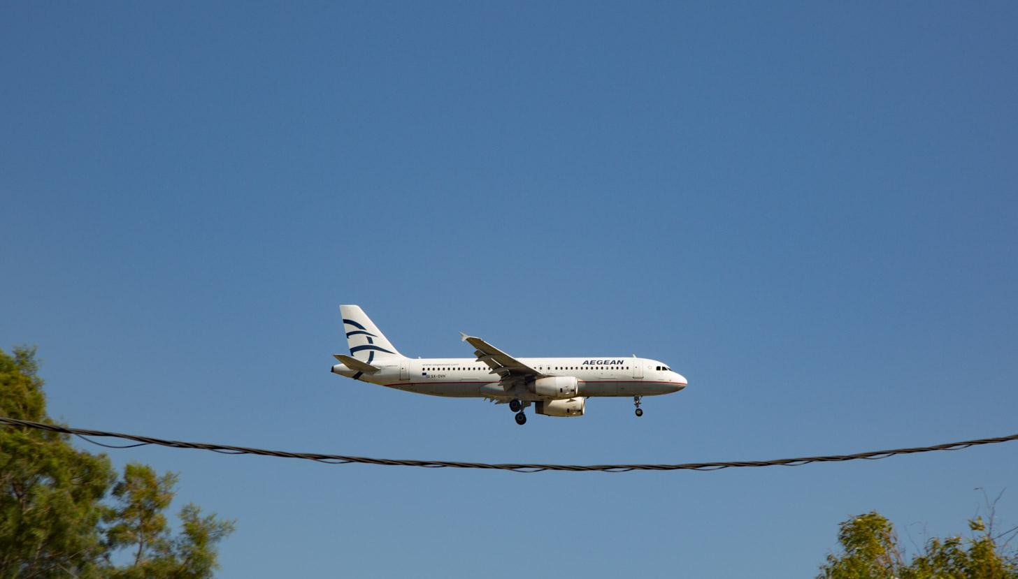 vliegen naar Rhodos